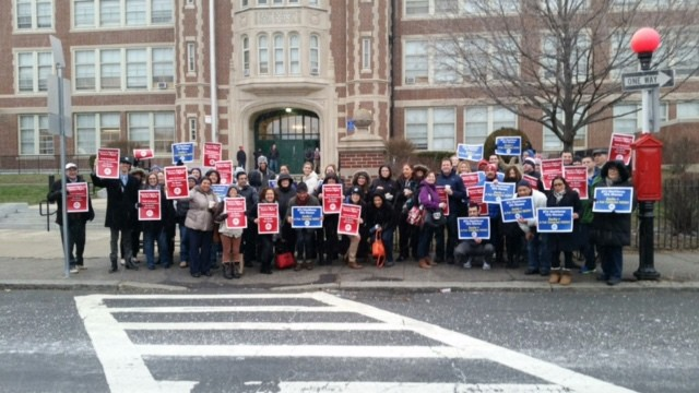 User upload: Eastie supports a #ContractNow!