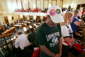 New Jersey Lawmakers Vote to Roll Back Employee Benefits